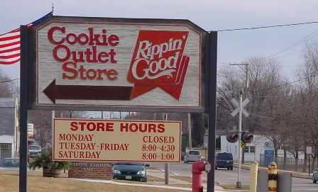 Rippin' Good Cookies at the Outlet Store