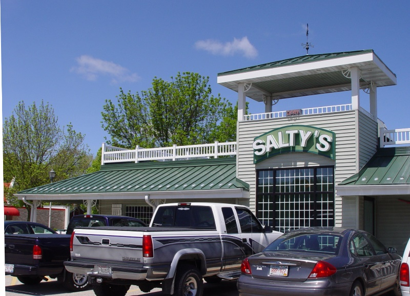 Salty's Seafood and Spirits